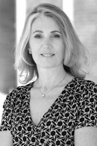 Q and A with Julie Winkle Giulioni (@Julie_WG): Building Influence Online post image