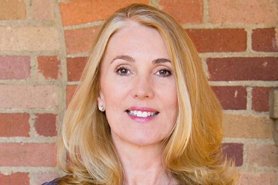 Julie Winkle-Giulioni Headshot